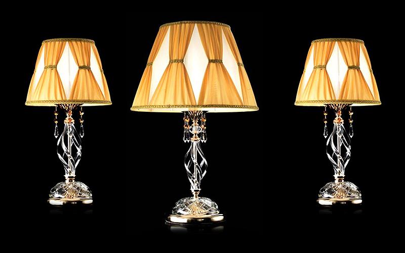 Lampade da tavolo set tre lumi ingrid outlet del mobile - Tris lumi camera da letto ...