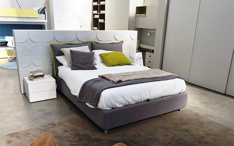 Camere da letto quattro stelle arredamenti case mobili - Arredamenti per camere da letto ...