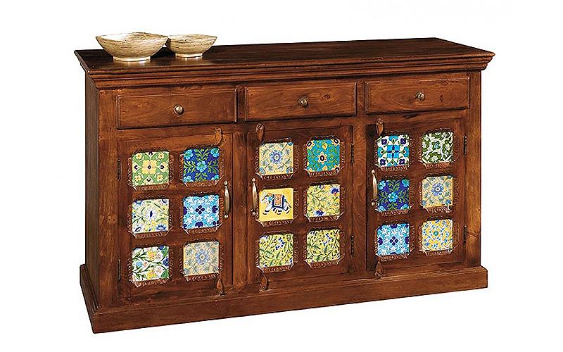 """Credenza in legno color noce """"Tiles"""""""